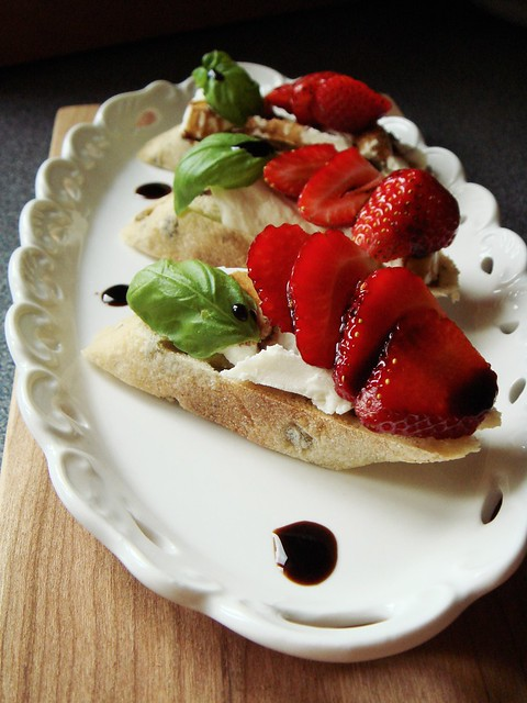 Goat Cheese & Strawberry Tartine