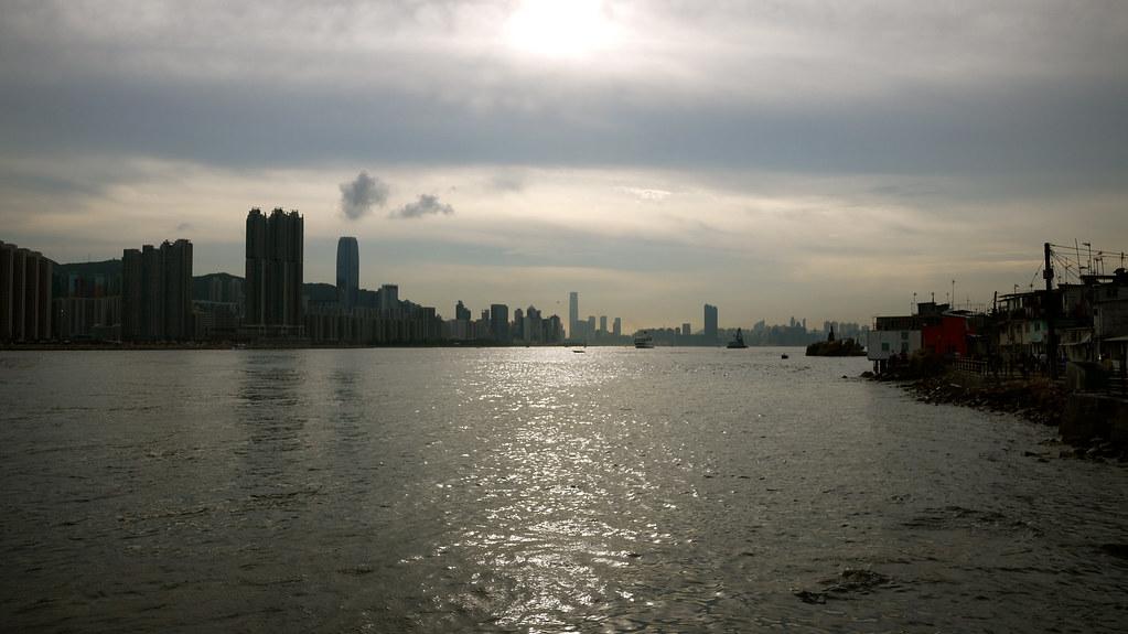 Yao Tong Sunset