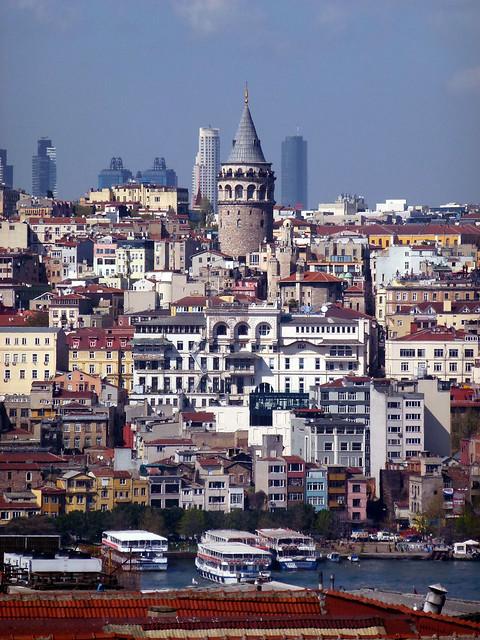 Istanbul - avril 2012 - jour 3 - 072 - Valide Han (Çakmakçılar Yokuşu Tarakçılar Cad) - Tour de Galata
