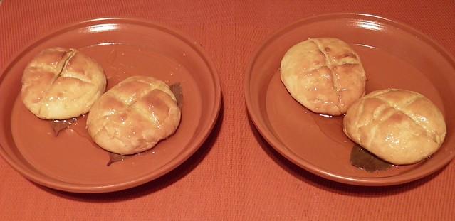 Libum / Four Sweet Cheesecake buns
