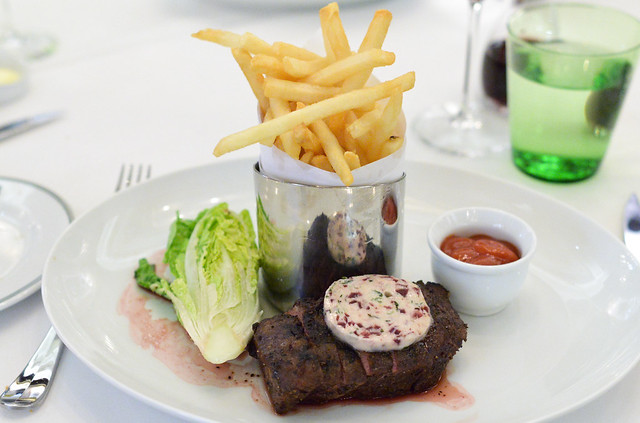 STEAK FRITES 8oz. flat iron, boston lettuce, pommes frites, beurre au vin rouge
