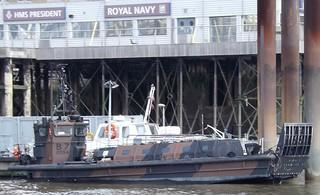 LCVP Mk5 B7 (1) @ HMS President 01-06-14
