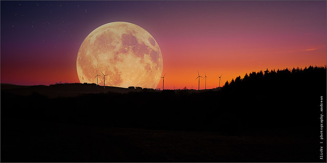 just the moon - supermoon 2012