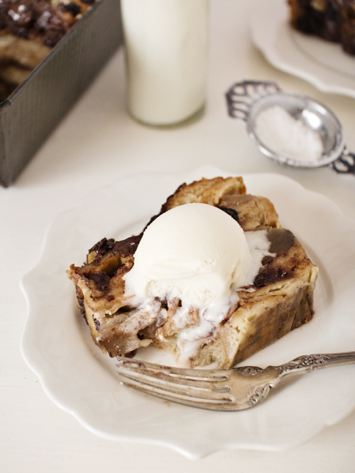 earl grey, apple and chocolate bread pudding