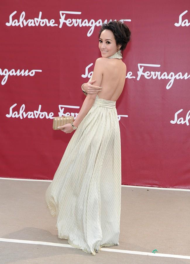 a4 - SALVATORE FERRAGAMO RESORT 2013 SHOW LOUVRE Terri Kwan - SGP