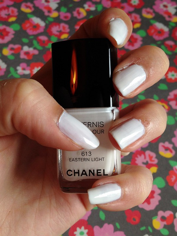 chanel_easternlight_swatch