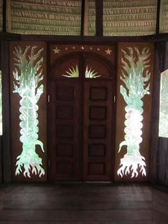 Door maloca inside