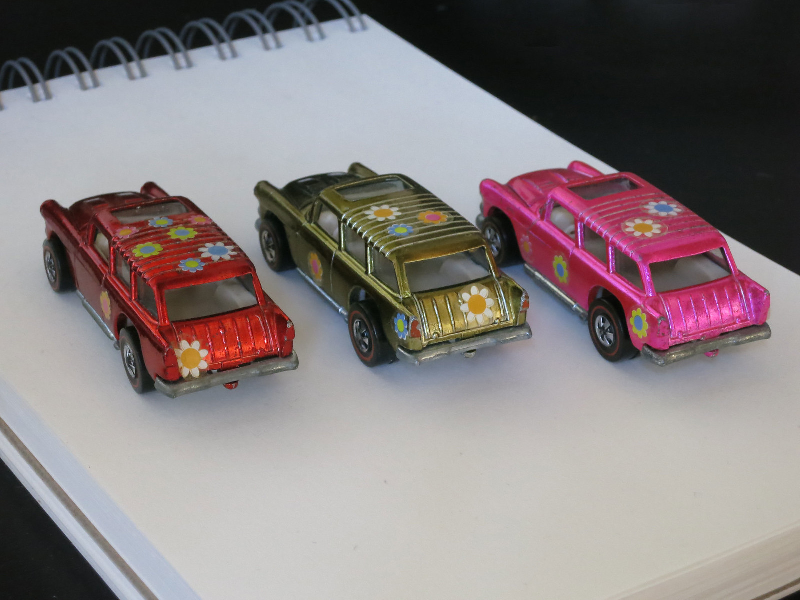 Hot Wheels Redline Hot Pink Classic Nomad