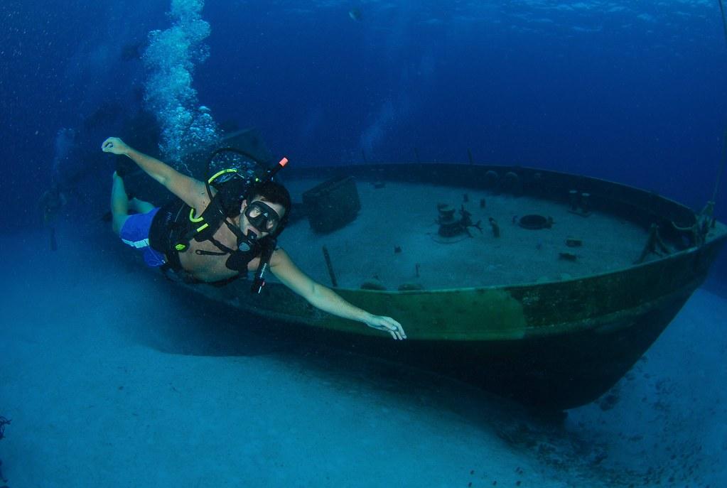 Pecio hundido a unos 25metros de profundidad y unos 4km de la costa