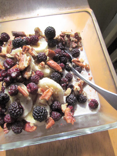 Black Raspberry Banana Pecan Overnight Oats
