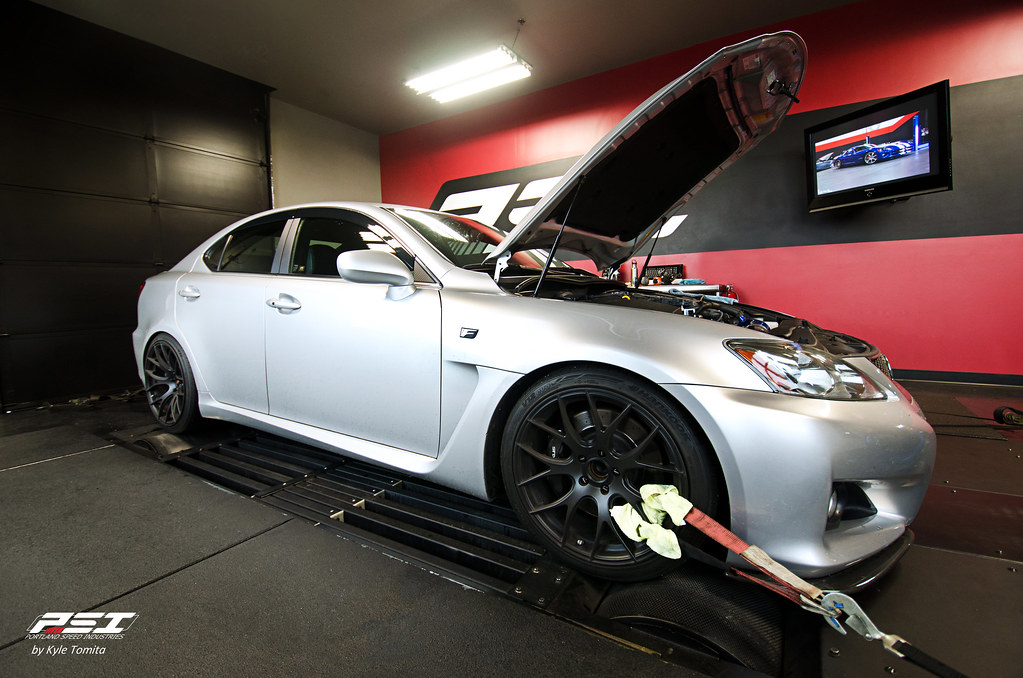2008 Lexus ISF on the dyno at PSI