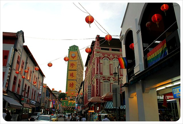 chinatown singapore with gay bar