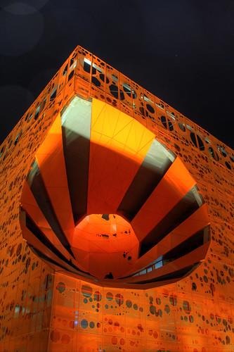 city light urban orange france color architecture night docks lyon lumière quay architect jakob nuit quai hdr ville confluence urbain architecte macfarlane rambaud couileur