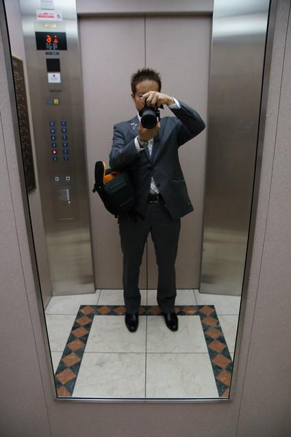 わんぱくブロガーのスーツ姿