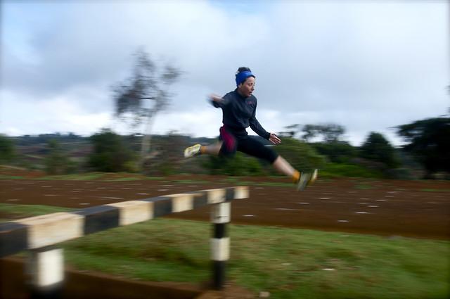 Elisa jumping