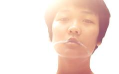 [フリー画像素材] 人物, 女性 - アジア, 中国人, 煙草・タバコ ID:201205142200