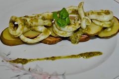 calamar cu pesto