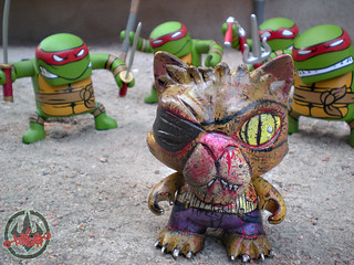 "tOkKustom :: ""OLD HOB"" ; KIDROBOT 'TRIKKY'  xi / ..with  NECA 'Batsu ' - TEENAGE MUTANT NINJA TURTLES"