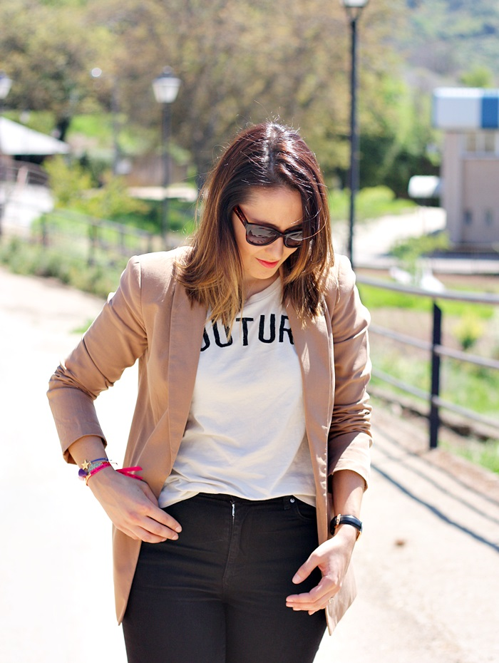 Mustang-sorteo-bolso-street_style-outfit-print_tee-couture-zara
