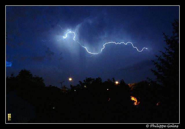 Eclairs - lightning storm