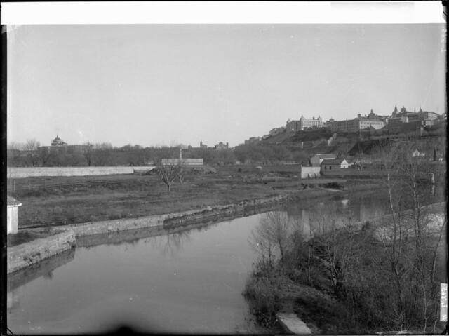 Río Tajo a comienzos del siglo XX. Fotografía de J. Lacoste © MECD, Fototeca del IPCE, signatura VN-22629_P