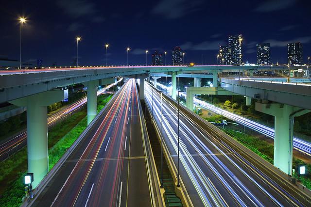 Автомобили в Японии