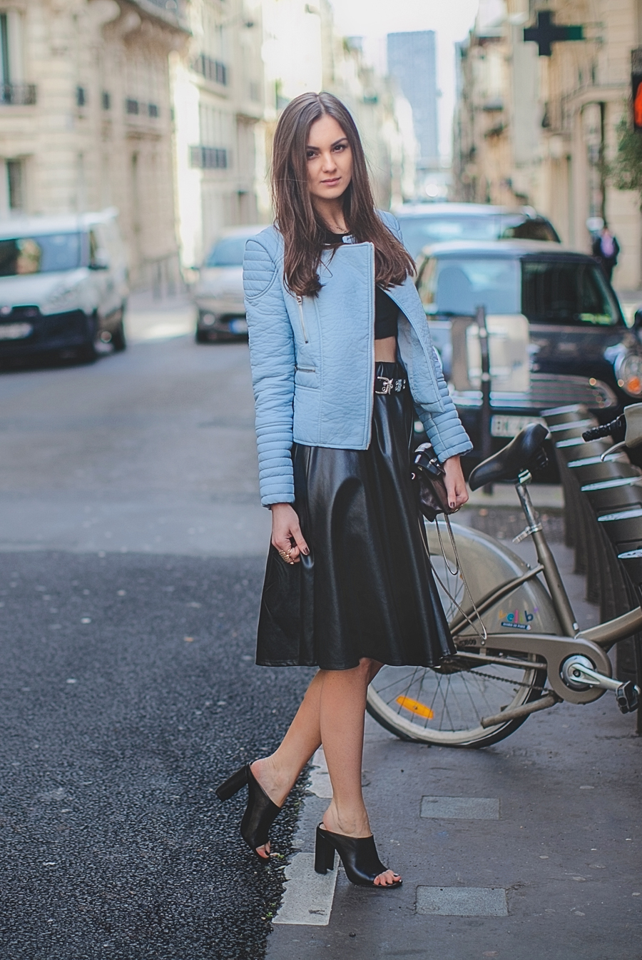 fashion_personal_street_style_blogger_nika_huk_pastel_blue_biker_jacket_Leather_mules