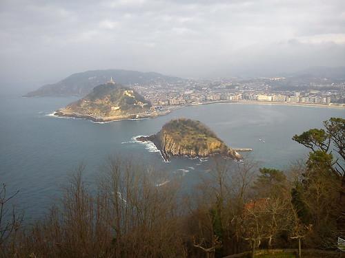 Bahía de La Concha, Isla de Santa Clara y Monte Urgull
