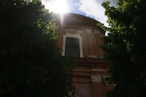 Camerino: chiesa e sole