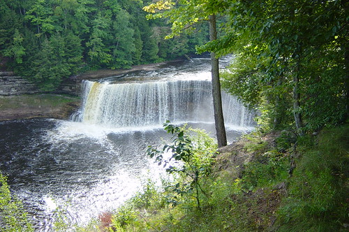 Photos of tahquamenon falls via flickr Cabins near tahquamenon falls
