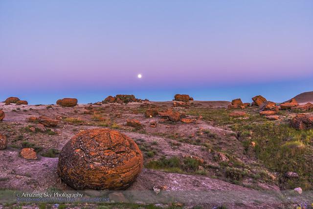 Super Moonrise at Red Rock Coulee