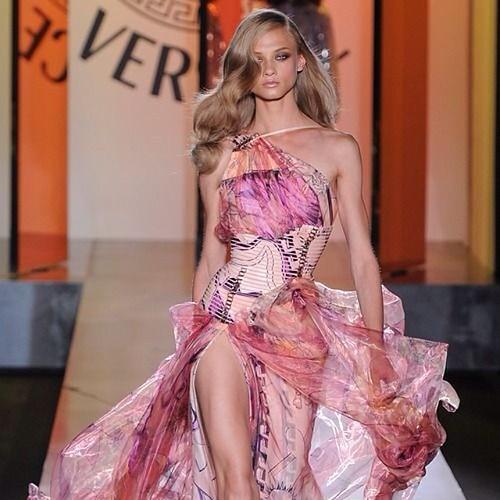 ベルサーチいいな#fashion