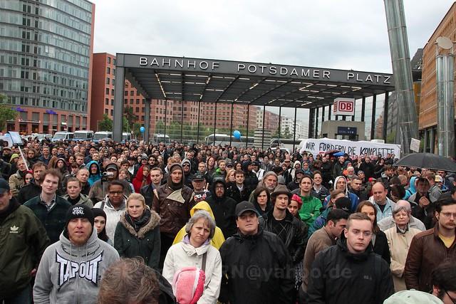 2014.05.12 Berlin Friedensmahnwache Potsdamer Platz (39)