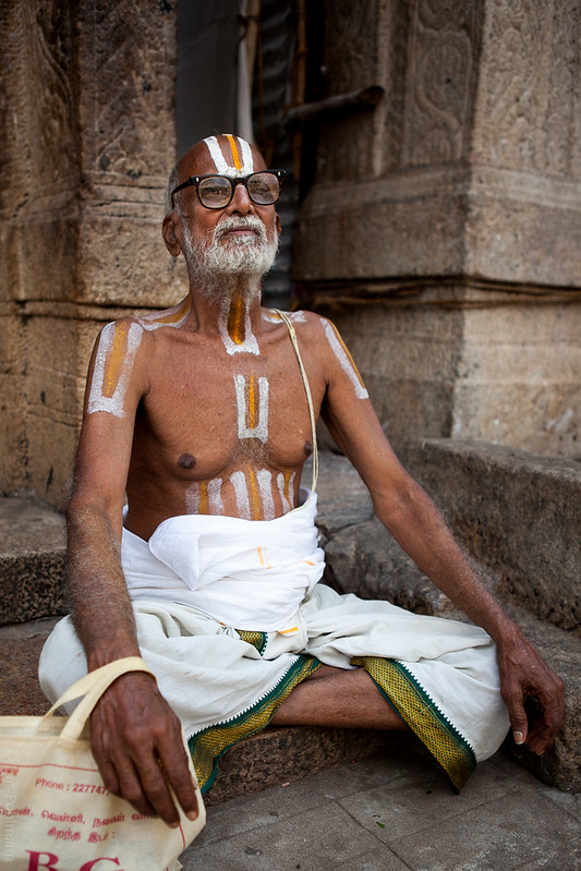 Hindu devotee in the Sri Ranganathaswami Temple in Tiruchirapalli