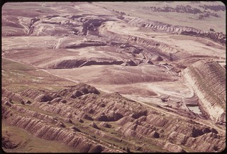 Western Energy strip mine and spoil piles, south of Colstrip, 06/1973.