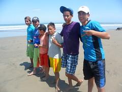 chicos-playa