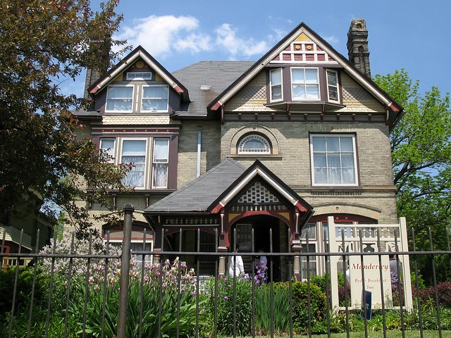 David W. & Adda Howie House (1886)