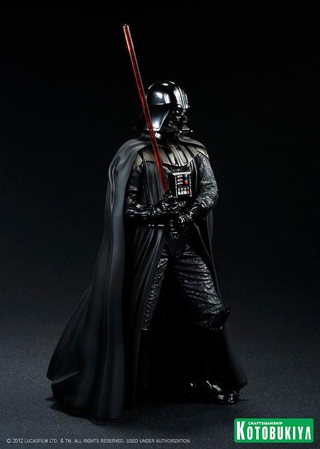 Darth-Vader-ArtFX-Statue-5_1339431798
