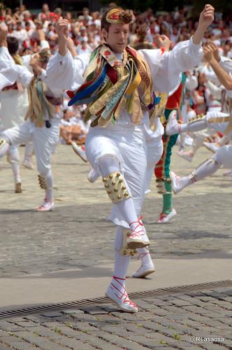 Sanfermines - Festival folclórico by Rufino Lasaosa