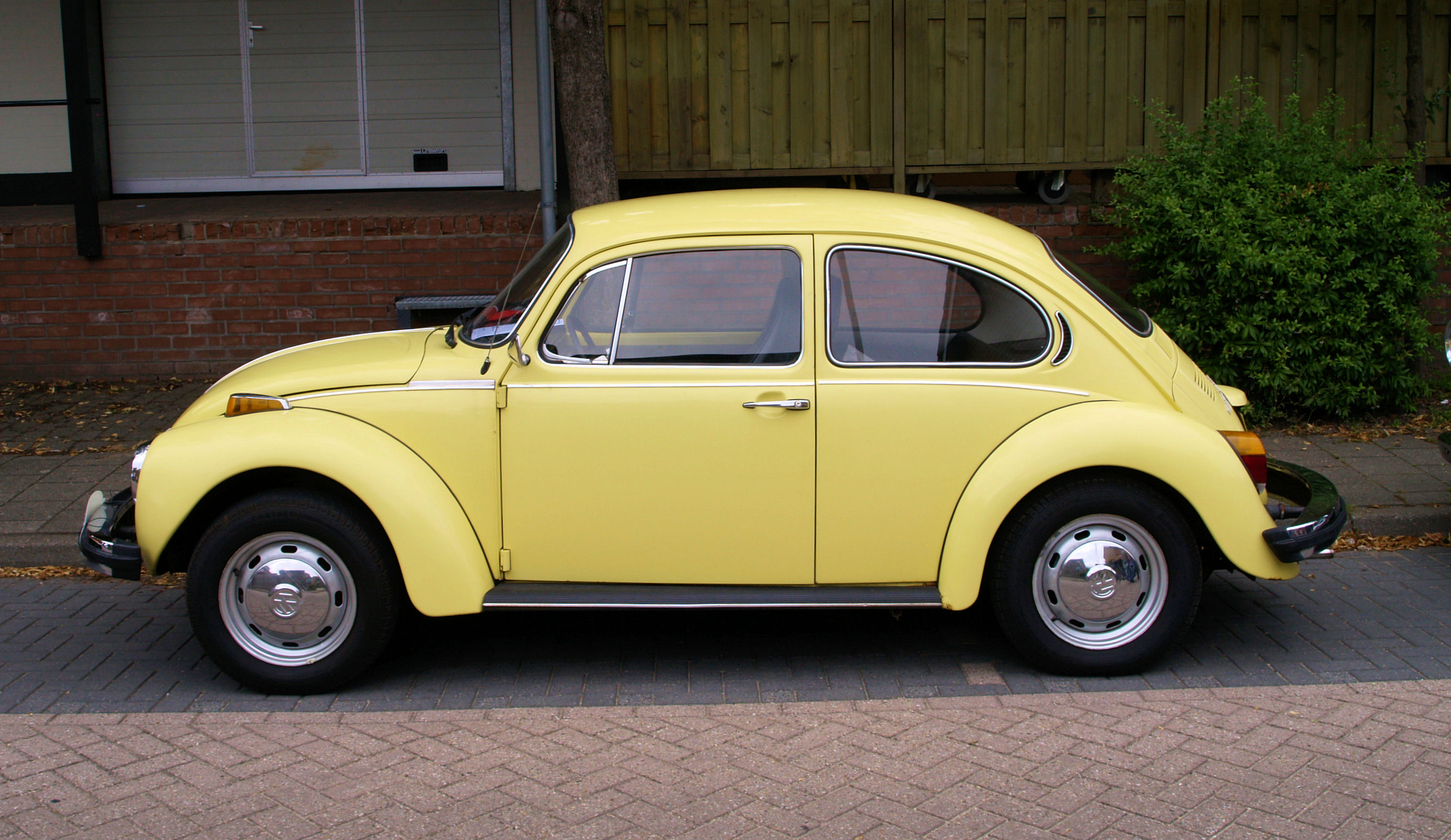 1000 images about volkswagen on pinterest mk1 cars and for Volkswagen cannes garage
