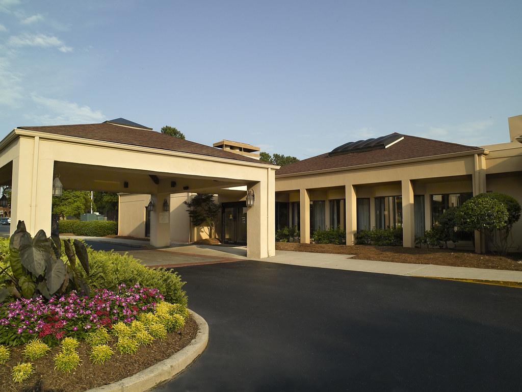 Hotels Near East Atlanta Village
