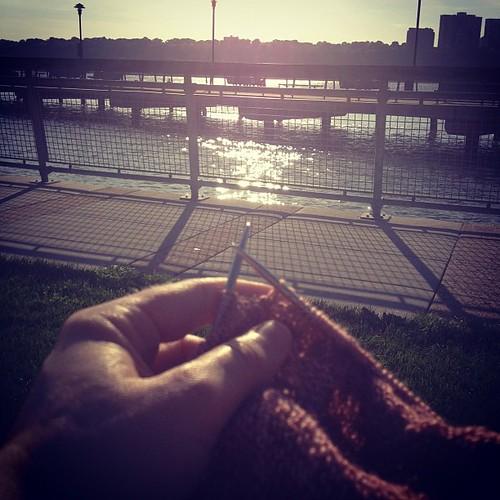 Sun knitting!