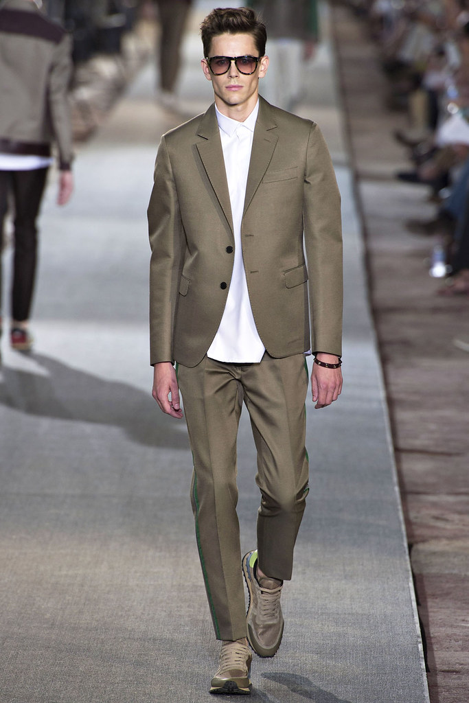 SS13 Pitti Uomo Valentino018_Jeremy Young(VOGUE)