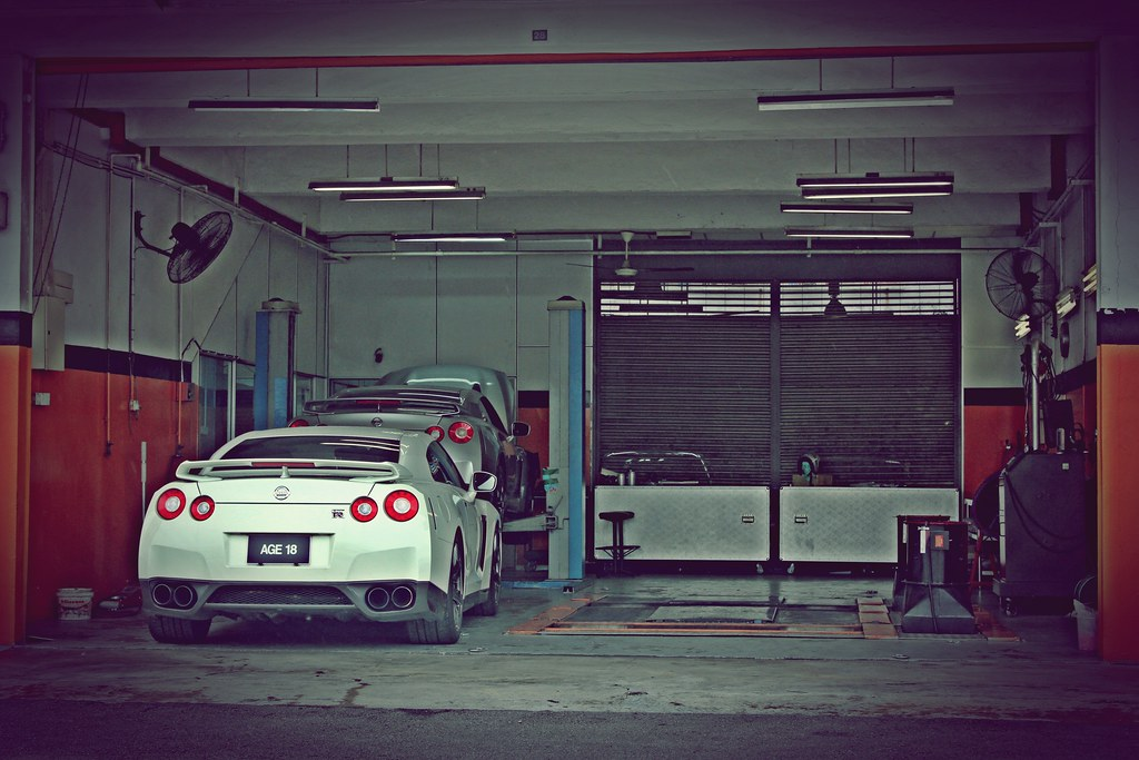 two little R35s sitting in a tree...