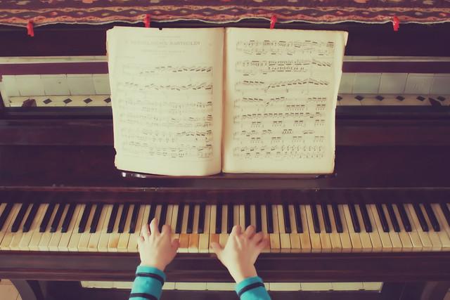 2/52 Piano