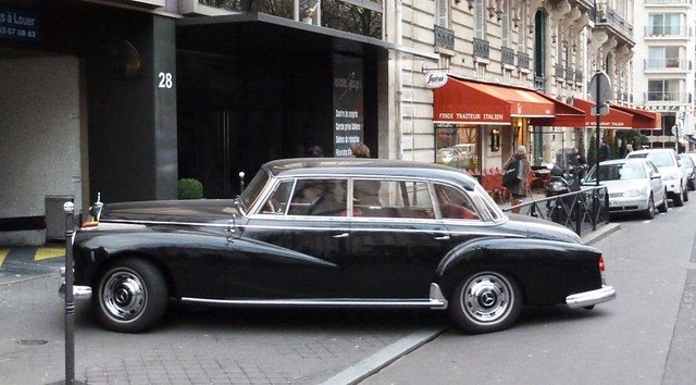 Paris Mercedes 300 Adenauer