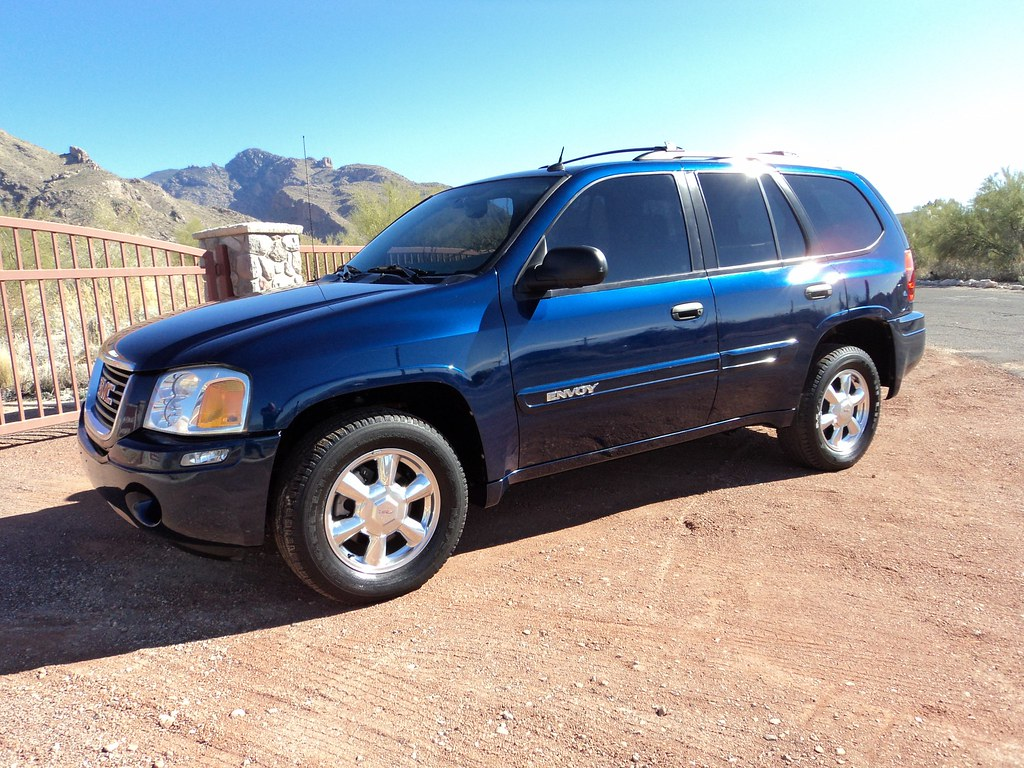 2004 gmc envoy sle suv for sale. Black Bedroom Furniture Sets. Home Design Ideas