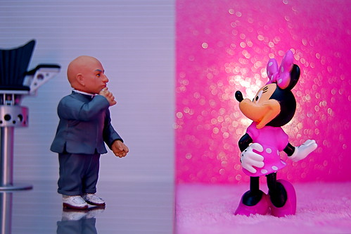 Mini-Me vs. Minnie Mouse (343/365)