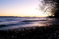 Lac et coucher de soleil