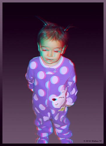 portrait cute girl pose effects stereoscopic 3d kid child brian anaglyph ps indoors stereo pjs wallace cece inside christmaseve depth pajamas todler stereoscopy stereographic ttw brianwallace stereoimage stereopicture